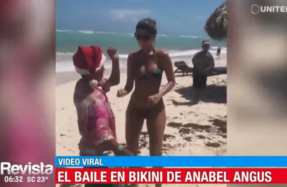 En A Anabel Pequeño Baile Junto Un De Angus El Papanoel Causa Bikini Ygb76yvf