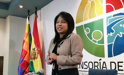 Nadia Cruz, Defensora del Pueblo