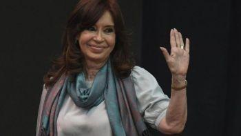 La expresidenta argentina sorprendió este sábado al anunciar que aspirará a la vicepresidencia del país, en lugar de al primer puesto político. / Getty Images