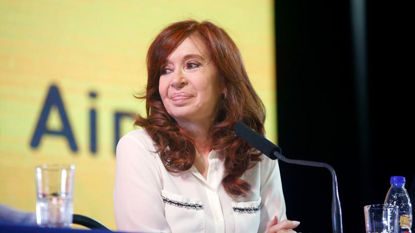 La expresidenta argentina, Cristina Fernández de Kirchner, durante la presentación de su libro, 'Sinceramente', el 9 de mayo en la Ciudad de Buenos Aires. AP