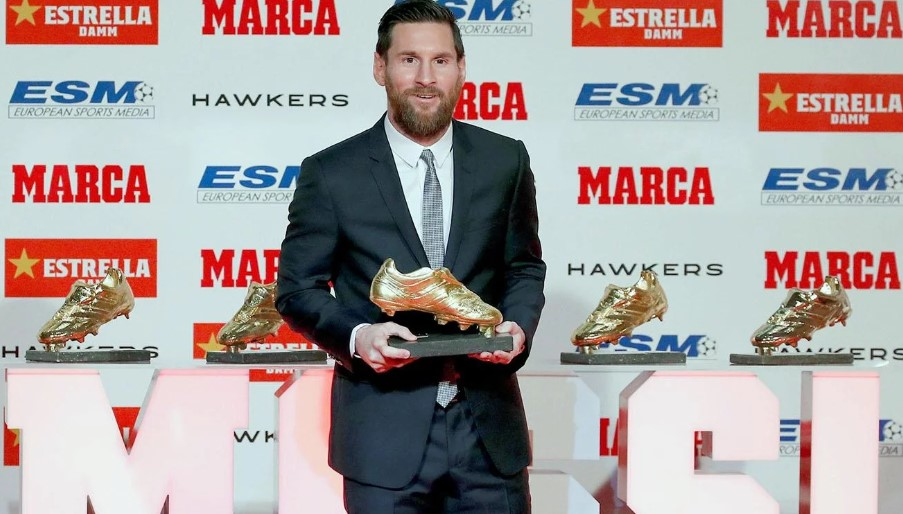 Lionel Messi es el primer jugador en ganar la sexta Bota de Oro. (Foto- EFE).