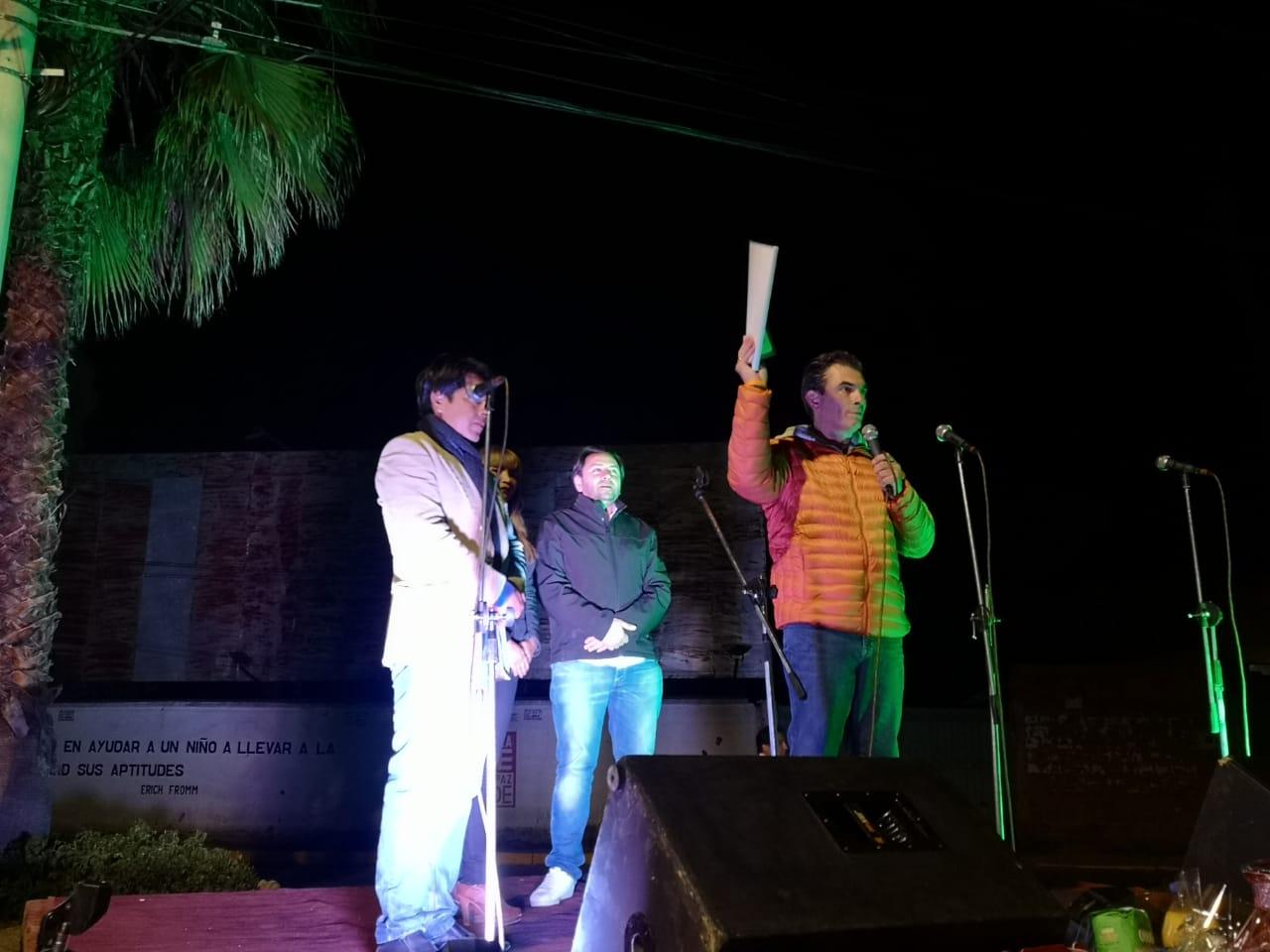Rodrigo Paz, participó del aniversario del barrio German Bush
