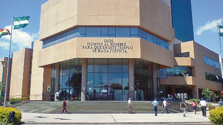 Tribunal Departamental de Justicia . Santa Cruz
