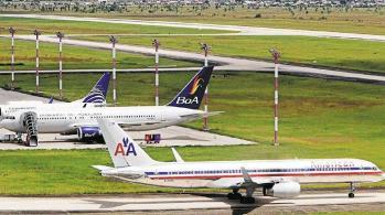 Cinco aerolíneas dejaron de operar en Bolivia desde 2015