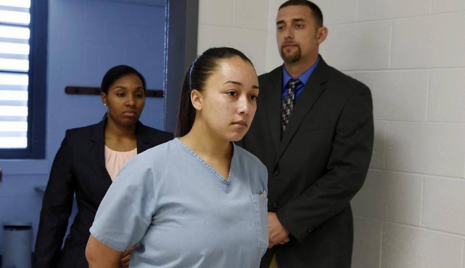 Cyntoia Brown había sido condenada a cadena perpetua por matar a Johnny Allen, un agente inmobiliario de 43 años que había contratado sus servicios como prostituta. (AP).