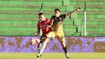 """Incidencia del partido entre Destroyers y Wilstermann jugado en el estadio Ramón """"Tahuichi"""" Aguilera. Foto: @apgnoticias"""