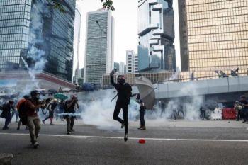 Manifestantes en el centro de Hong Kong. EFE