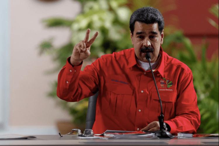 Foto de archivo. El presidente de Venezuela, Nicolás Maduro, participa en una reunión con miembros del Foro de Sao Paulo en Caracas. (REUTERS/Manaure Quintero)
