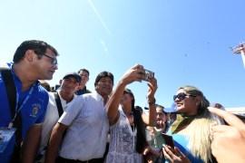 El presidente Evo Morales informó el jueves que el Gobierno invirtió 24,2 millones de dólares para combatir los incendios registrados principalmente en la Chiquitania mediante operaciones por aire y tierra en las que se movilizó una flota de aviones de gran capacidad y cientos de brigadistas nacionales y extranjeros.