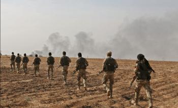 Milicias pro turcas invaden el territorio controlado por los kurdos en el norte de Siria (Photo by Nazeer Al-khatib / AFP)