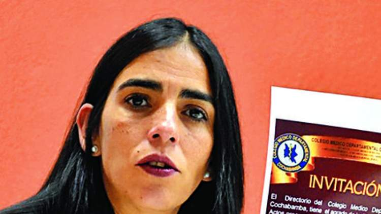 La ministra de Salud, Gabriela Montaño