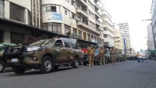 Militares en el centro de La Paz.