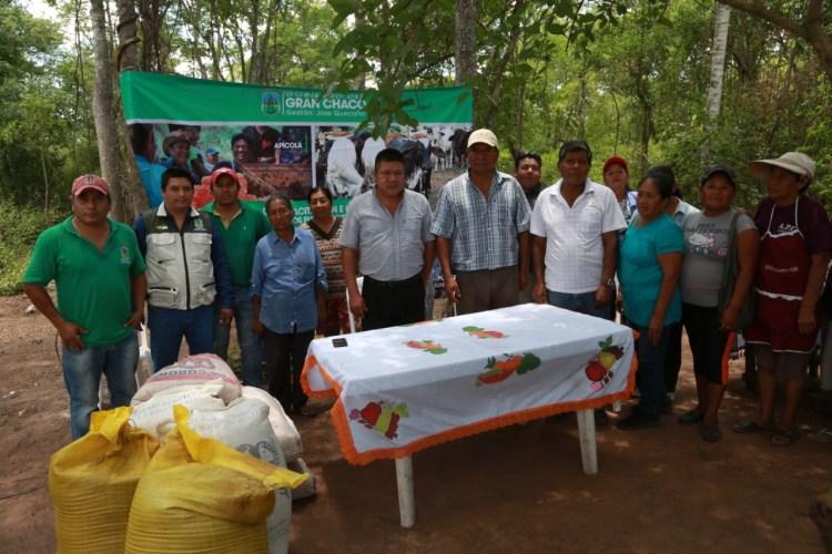 Entrega de aves e insumos fortalecer la producción avícola en las comunidades del pueblo guaraní