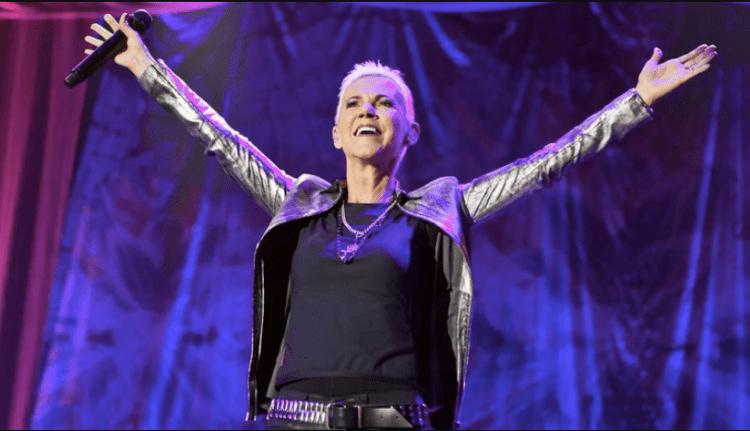 Madie Fredriksson, cantante de Roxette, en uno de sus últimos conciertos en Hallenstadion, Zurich, Suiza (Shutterstock)