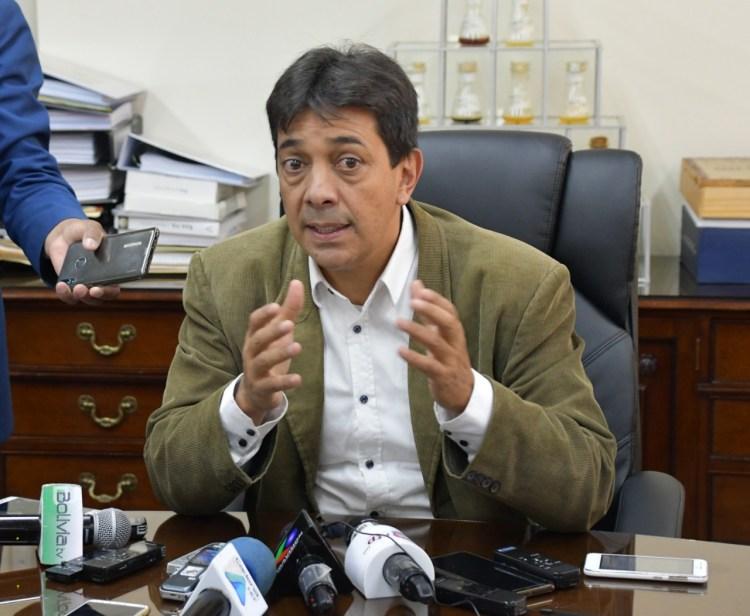 Ministro de Hidrocarburos, Víctor Hugo Zamora