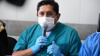 Foto: El director del hospital, Gróver León
