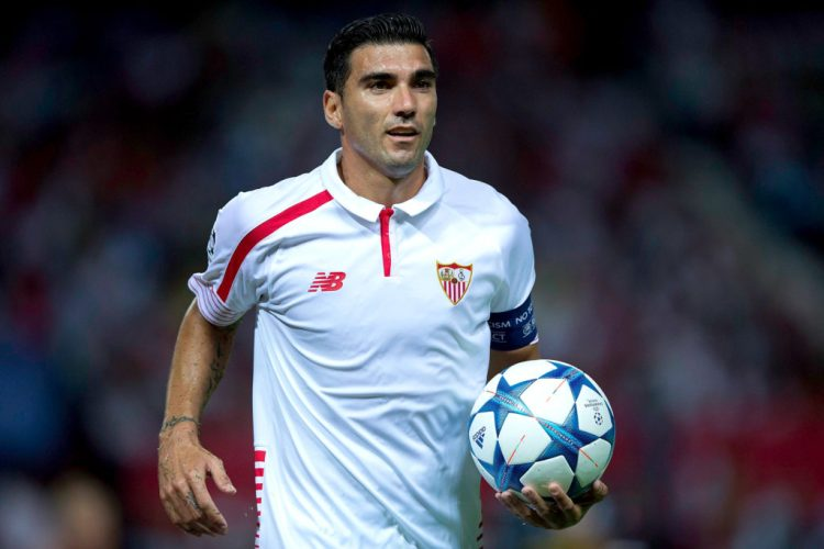 SEVILLE, SPAIN - SEPTEMBER 15: Jose Antonio Reyes of Sevilla FC holds the ball during the UEFA Champions League Group D match between Sevilla FC and VfL Borussia Monchengladbach at Estadio Ramon Sanchez Pizjuan on September 15, 2015 in Seville, Spain.  (Photo by Gonzalo Arroyo Moreno/Getty Images)
