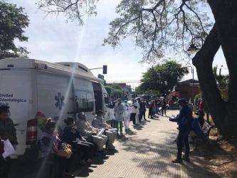 Aplicación de test rápidos en Tarija Foto: El País