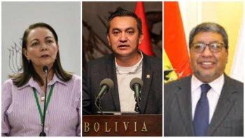 La ministra de Salud de Bolivia, Eidy Roca y los ministros transitorios de la Presidencia y Minería y Metalurgia, Yerko Núñez y Jorge Fernando Oropeza